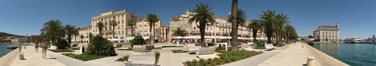 020717_Split_le_palais_devenu_ville_1