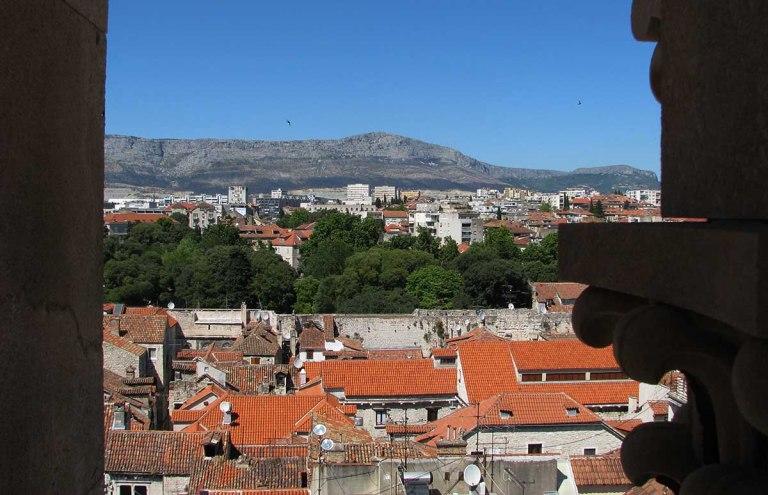 020717_Split_le_palais_devenu_ville_16