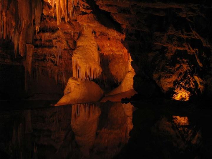 051017_Voyage_au_centre_de_la_Terre_aux_grottes_de_Lacave_1