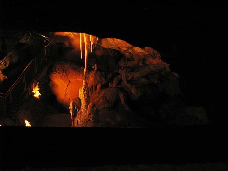 051017_Voyage_au_centre_de_la_Terre_aux_grottes_de_Lacave_9