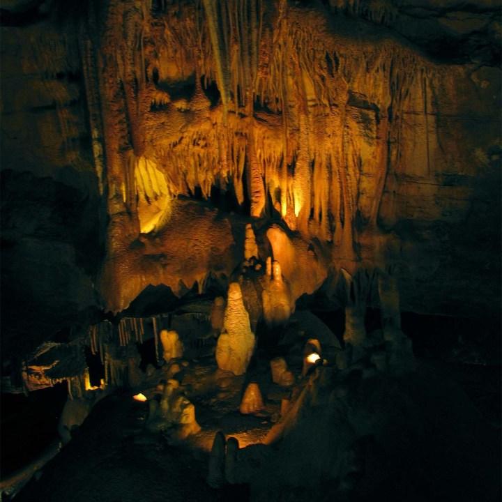 Voyage au centre de la Terre aux grottes deLacave