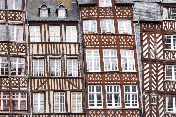 les maisons à colombages de la place du Champ-Jacquet, à Rennes