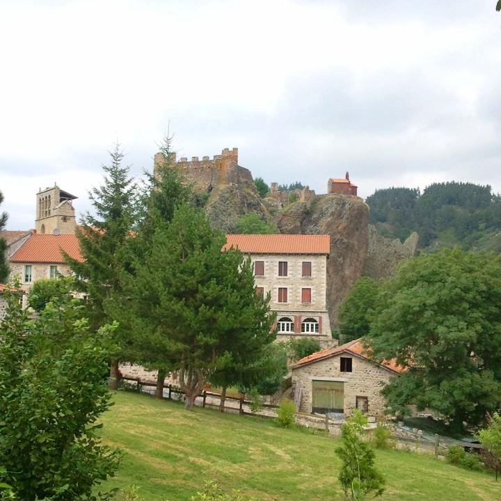 Arlempdes, le premier château de laLoire